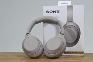 影/Sony WH-1000XM4 耳機開箱!不只降噪強、還有 3 招智慧功能