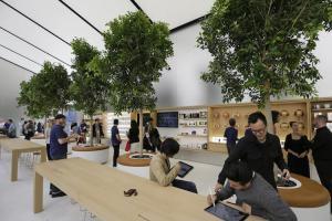 果粉朝聖又有新地標了!蘋果全球第一家水上Apple 直營店近期將開幕