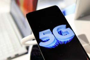 5G 手機加速降價、平民化!首度有新機下殺 5000 元有找