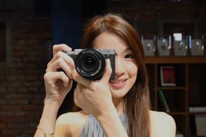Sony 最輕巧全片幅相機!全新一代 A7c 實機搶先直擊