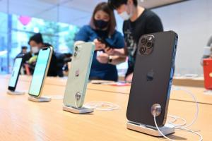 iPhone 12 有多夯?包膜預約增 2 倍、Android 黑馬也揭曉