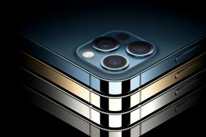 不受「綠螢幕災情」影響,iPhone 12 Pro Max 螢幕奪11項技術紀錄!