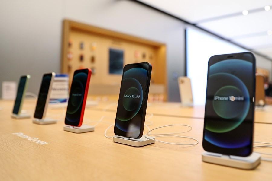 新iPhone 13全系列模型機最新曝光!重量級爆料客:吸睛亮點在機背