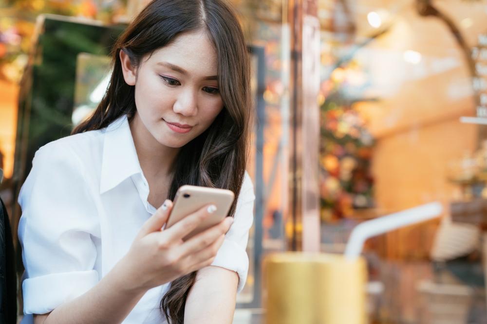 「499吃到飽」時代正式道別!中華電 4G「不降速雙飽」衝上 999 元
