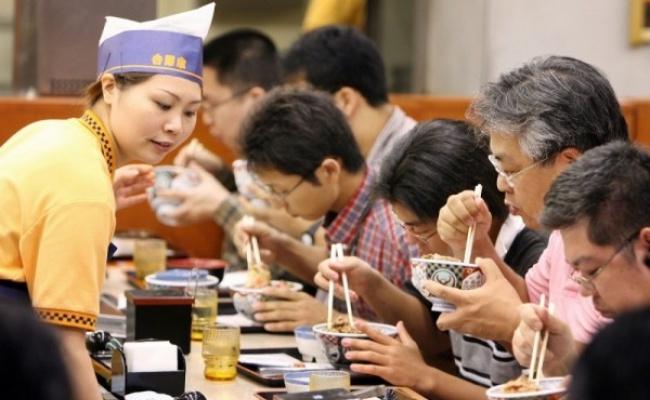 日吉野家靠它 1年從虧60億日圓到賺錢