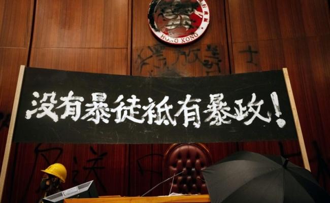 71占立法會後 10多名港人抵台求庇護