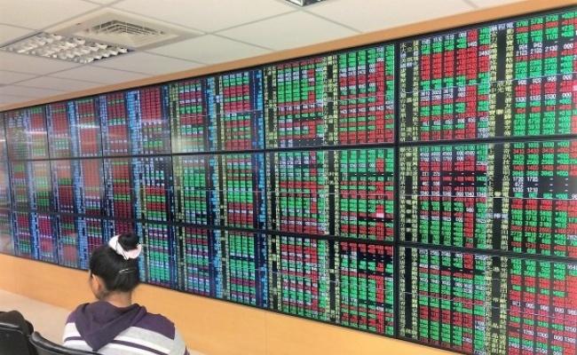 50月最樂觀 逾1/4民眾估台股將破1.1萬
