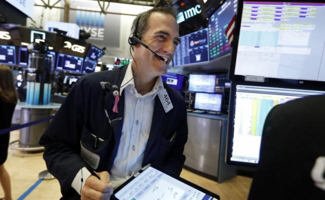 美股大漲 道瓊收高306點 費半飆近3%