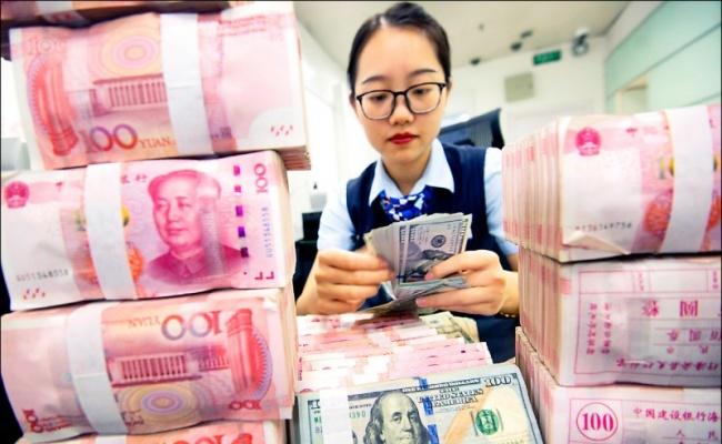 人民幣11年新低 中國國銀賣美元維穩