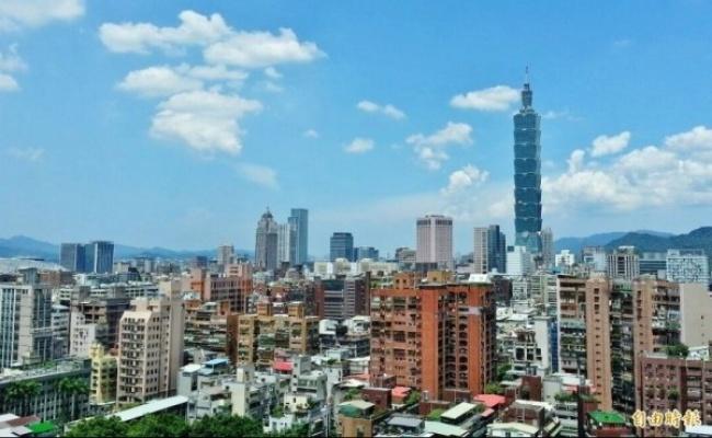 惠譽維持台灣穩定評等、上調經濟成長
