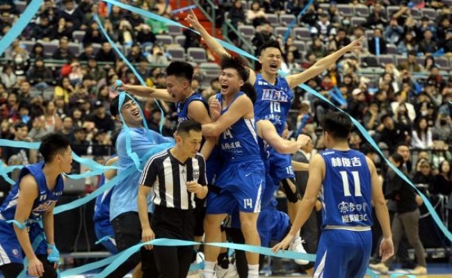 UBA》健行第3節轟34分 奪隊史第2冠