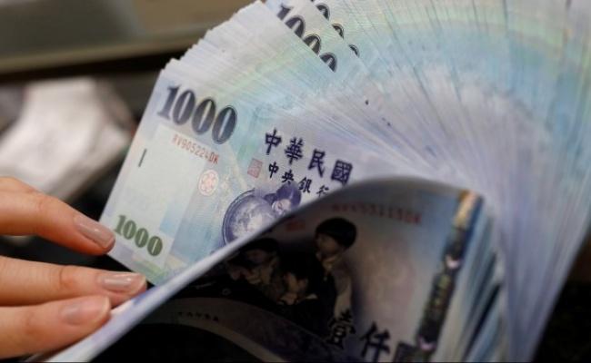 新台幣爆量升值近1角 創逾1個月新高