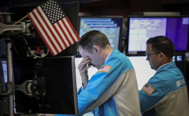 美確認首病例來源不明 美股期指跌逾1%
