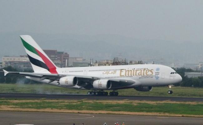 阿聯酋航空擬裁9千人 優先裁A380機師