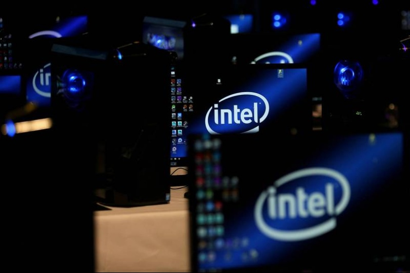 英特爾、IBM暴跌近10% 道瓊收跌179點