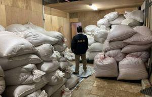農舍藏私菸工廠  現場菸絲可製80萬包菸