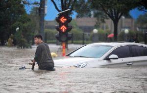 外媒採訪河南洪災遭圍堵 美國務院擔憂