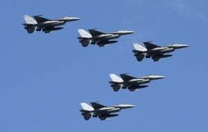 CNN:台美官員討論F-16V提前交機