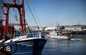 英籍漁船遭法拘留 漁權紛爭越演越烈