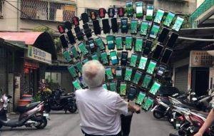 警報狂響!擁72手機寶可夢阿伯說話了