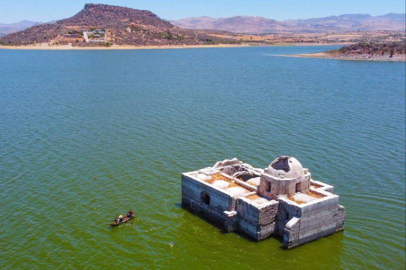 水壩內老教堂淹沒42年 因乾旱重見天日