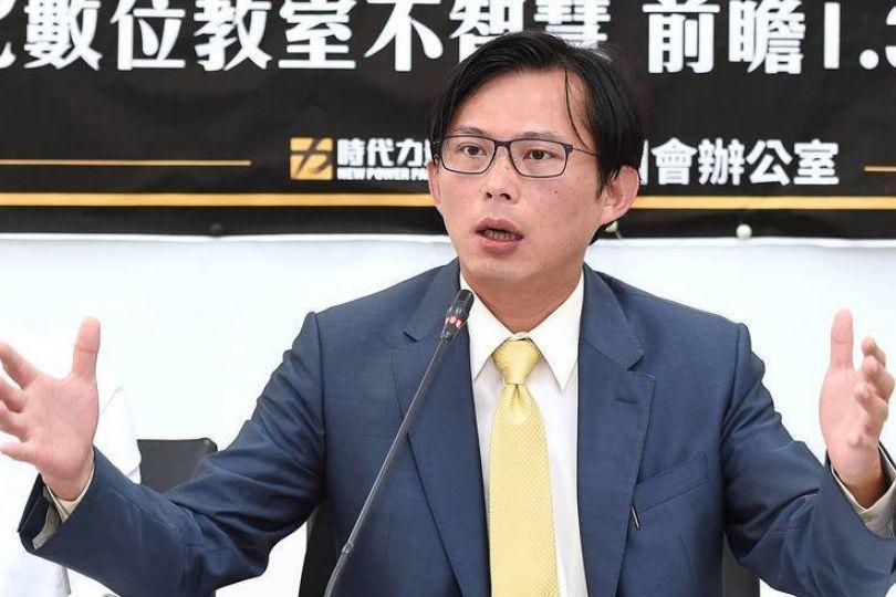 趙少康點名評修公視法 黃國昌:政治操作