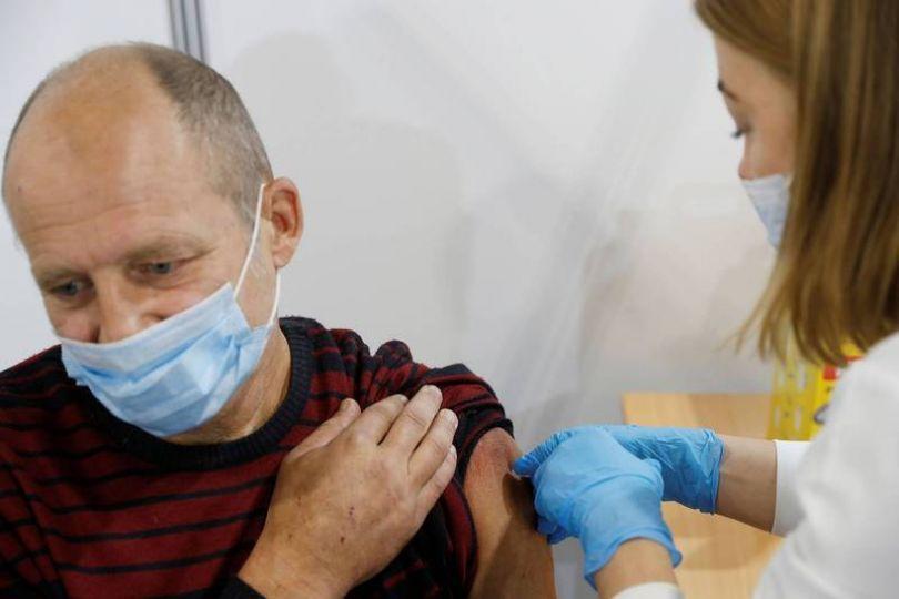 東歐破2千萬例武肺 民眾沒打疫苗悔不當初