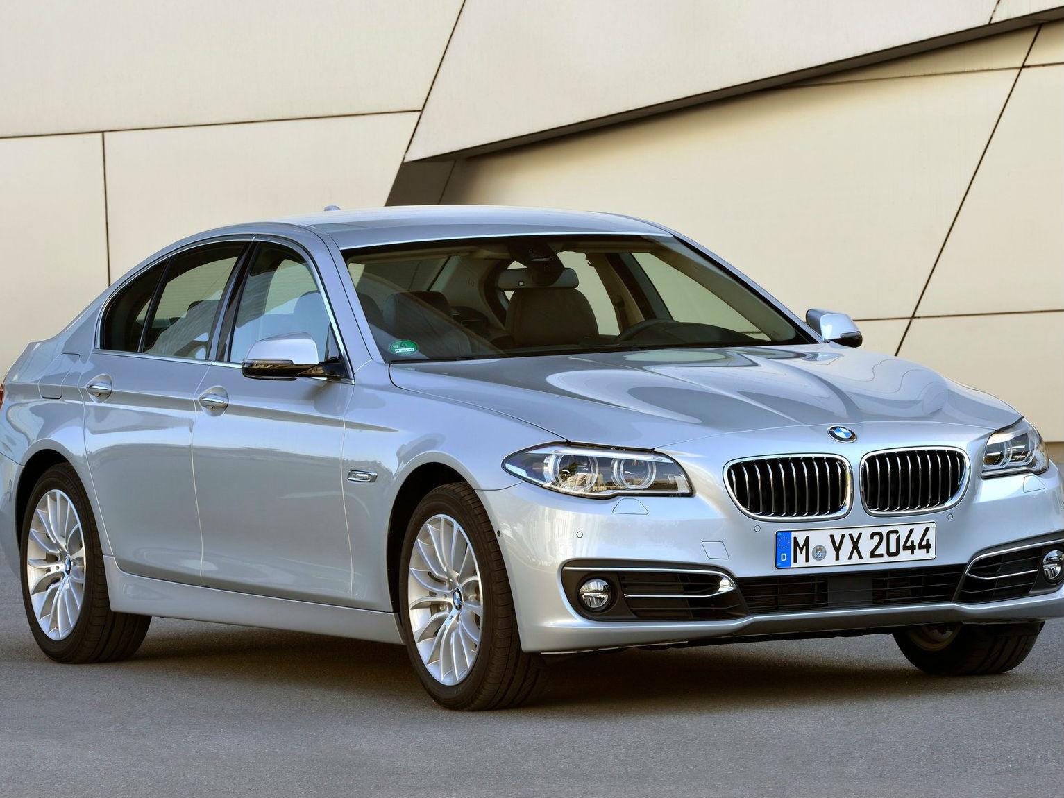 BMW 5 Series Sedan  530d M Sport