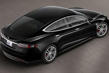 媲美超跑 Tesla Model S P85D 0-100 加速僅 3.2 秒