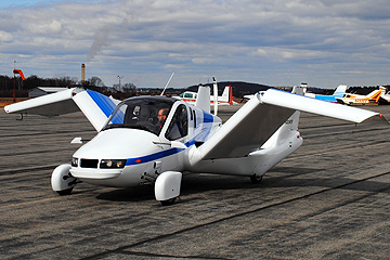 汽車能飛天啦!Terrafugia 3 年內打造陸空雙棲車