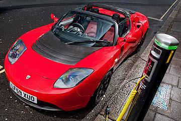電動敞篷超跑!特斯拉新款 Roadster 將問世