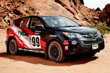 Toyota RAV4 拉力賽車  越野賽事不缺席!