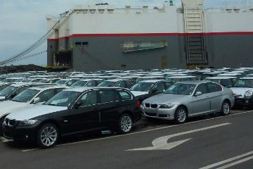 中華民國「萬稅」 進口車售價近乎翻倍!