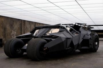你絕對沒看錯!  黑暗騎士「蝙蝠車」杜拜開賣!
