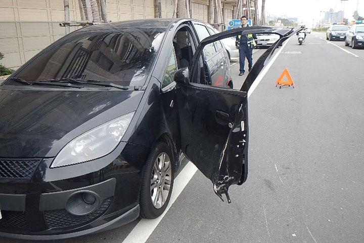 開車門不再提心吊膽!德國高中生研發「主動車門防護系統」