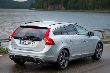 Volvo 全新 T2 新引擎亮相 T6 引擎車型選擇更多!