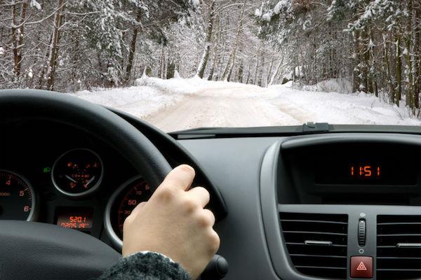 全台寒流超低溫,開車前你該注意這些事!