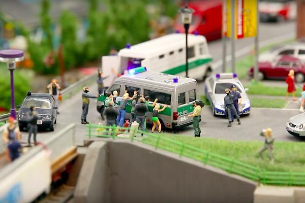 一次看盡 5500 輛的德國模型小車樂園! (內有影音)