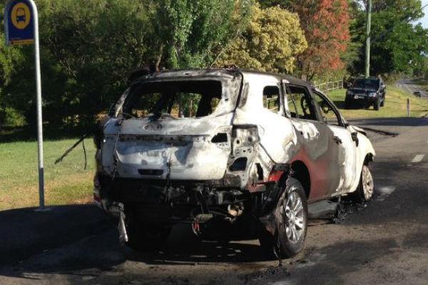 記者險送命!  澳洲媒體試車 Ford Everest SUV 突起火