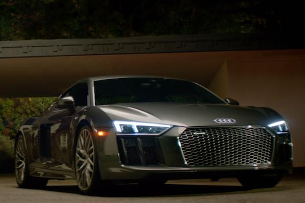 當年英姿煥發的時光  退休太空人藉 Audi R8 V10 plus 找回來(內有影片)