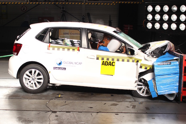 安全優先   撞擊測試 0 星車輛 2020 年全面絕跡