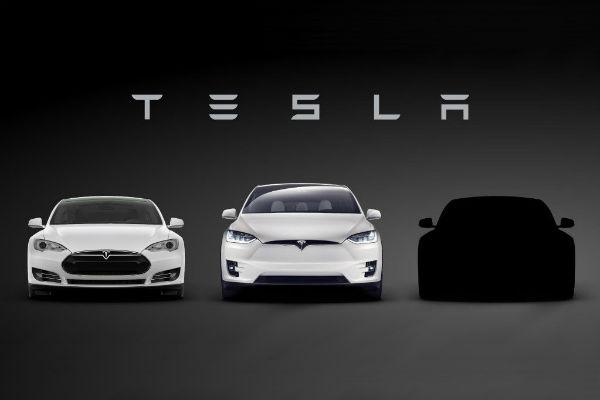是真的!Tesla Model 3 愚人節前一天正式發表