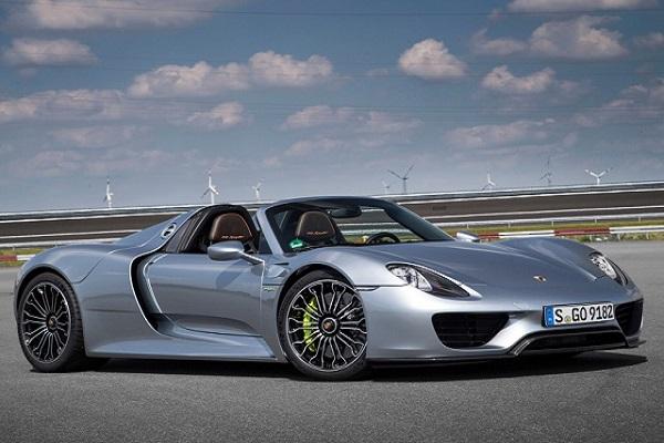一顆就破產?Porsche 修引擎費用讓人想哭....