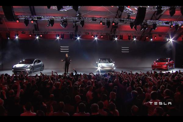 Tesla Model 3 人氣火紅之外  訂單爆量下的隱憂