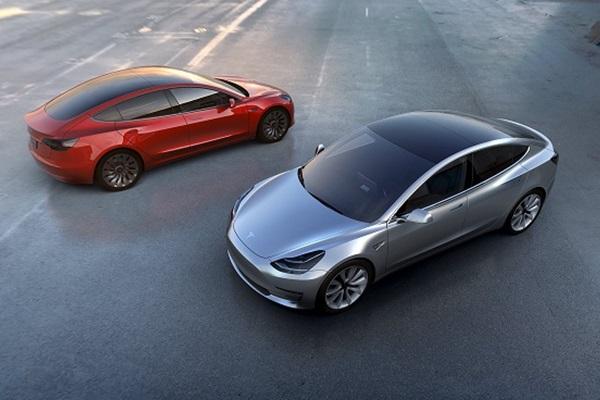 Model3一週訂單破32.5萬 Tesla創辦人推特放資訊