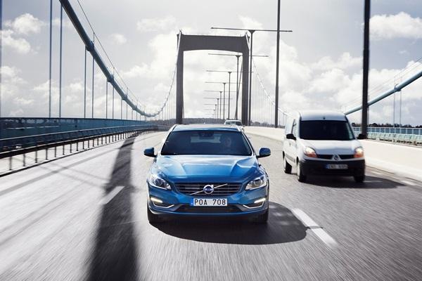 自動駕駛極限測試 Volvo 挑戰最惡劣交通環境