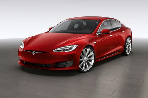 內外兼備!  最賣座 Tesla Model S 小改款終於問世
