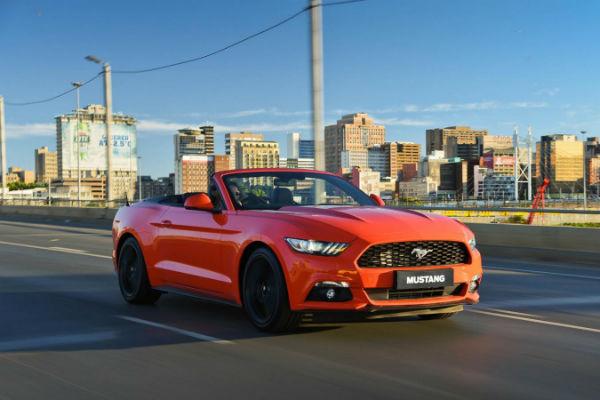 2015最暢銷跑車!動感野馬 Ford Mustang 賣出 6 位數