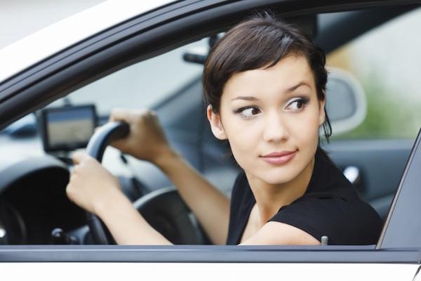 為何路邊停車一定要用倒車式?原來很多人都不知道!(內有影片)