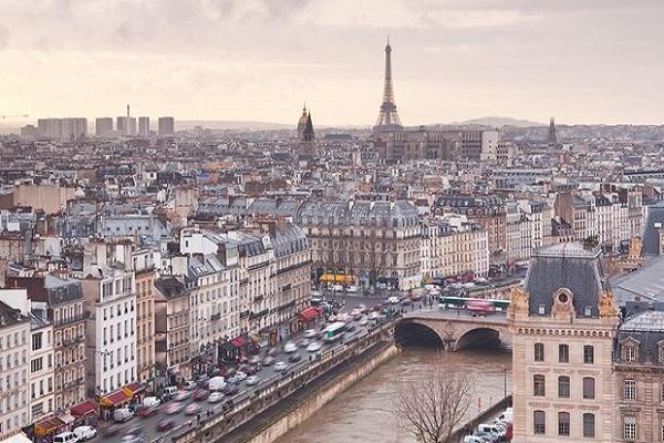 減低空汙祭新規!法國決定把「老車」驅逐出城